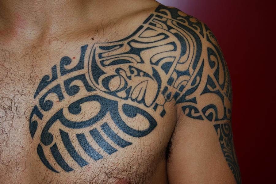 Tatouage de dauphin symbolique du dauphin tattoo design bild - Symbolique des tatouages ...